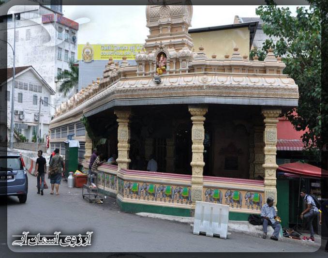 معبد كورت هيل سري گانسار كوالالامپور _ آسمان آبي