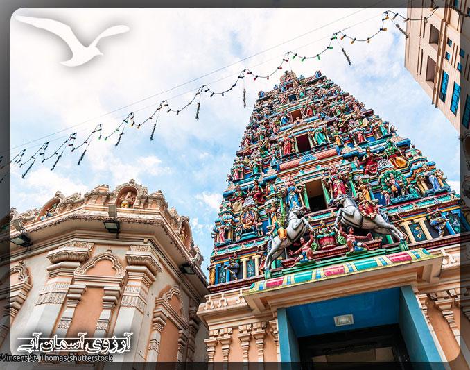 معبد سري ماهاماريامان كوالالامپور _ آسمان آبي