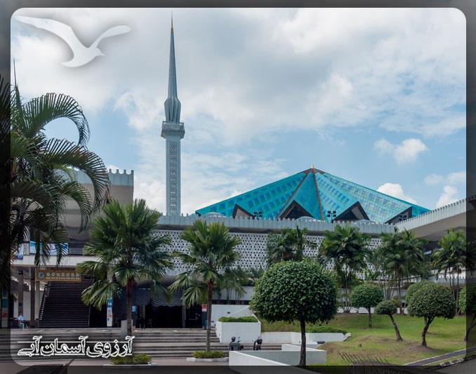 مسجد ملي كوالالامپور _ آسمان آبي